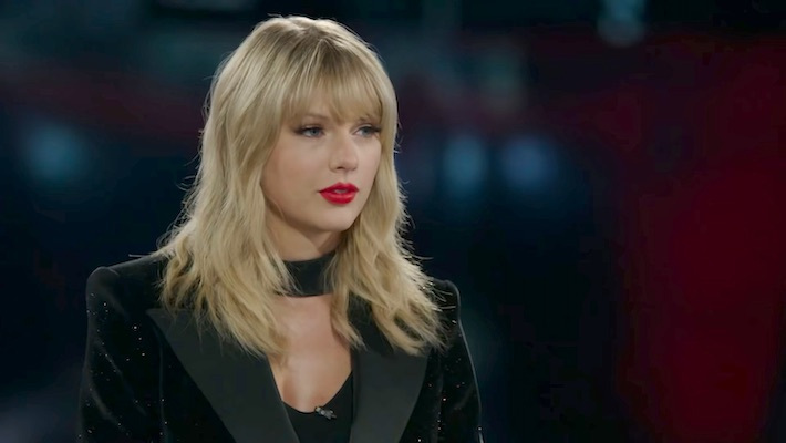 Taylor Swift Was Removed From An Iconic Mural In Nashville And Fans Are Furious