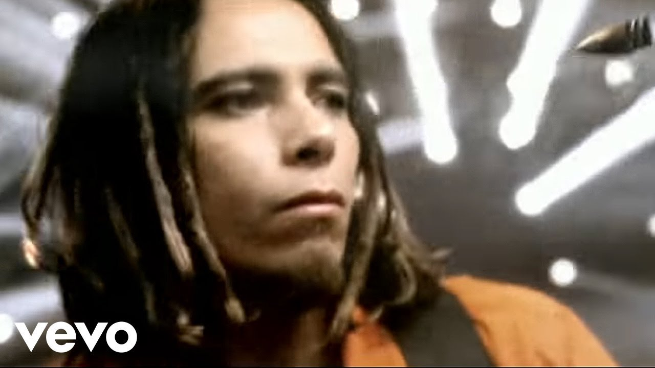 Korn - Freak On a Leash (AC3 Stereo) (Official Music Video)